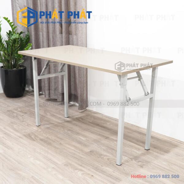 Thiết kế đơn giản và đầy tiện dụng của mẫu bàn gấp học sinh - 1