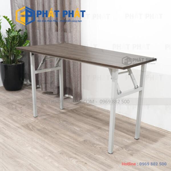 Thiết kế đơn giản và đầy tiện dụng của mẫu bàn gấp học sinh -1
